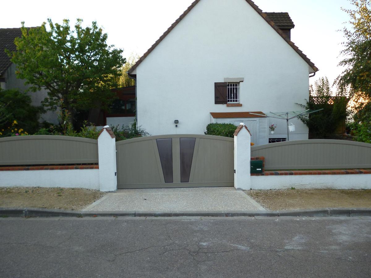 photo ensemble portail et clôture